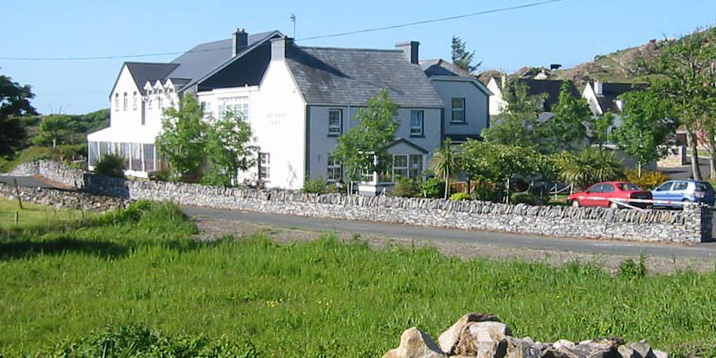 lake-house-portnoo-header1.jpg