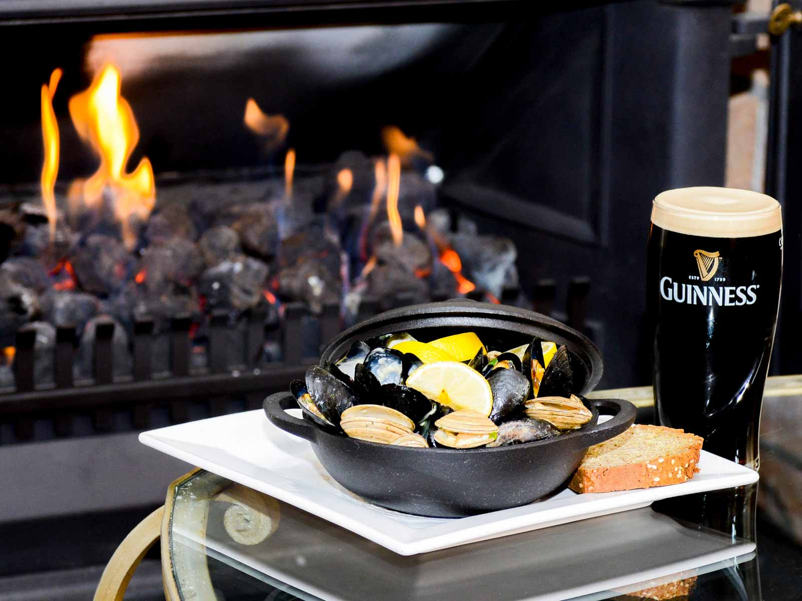 the-merriman-inn-kinvarra-accommodation-clare-guinness-oysters.jpg
