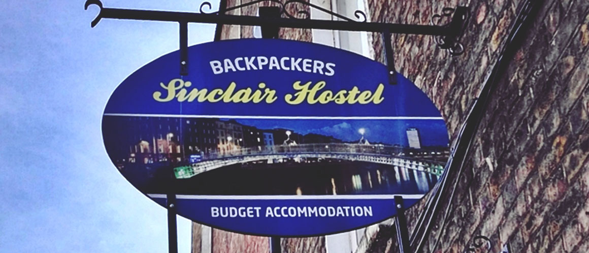 backpackers-sinclair-house-dublin-city-ireland.jpg